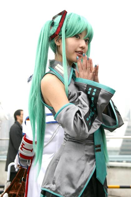 hatsune-miku-cosplay.jpg