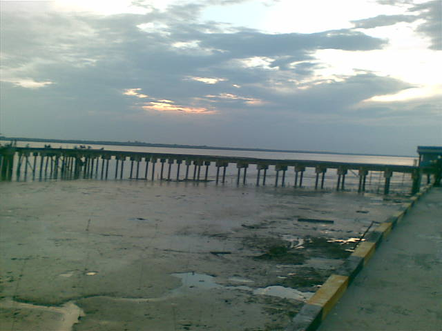 Jembatan TanjungSamak.jpg